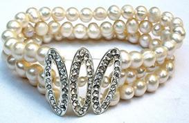 Pearl & Rhinestone Bracelet Jewelry
