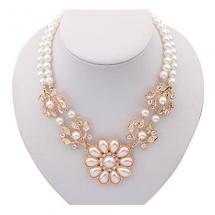 Pearl Collar Necklac…
